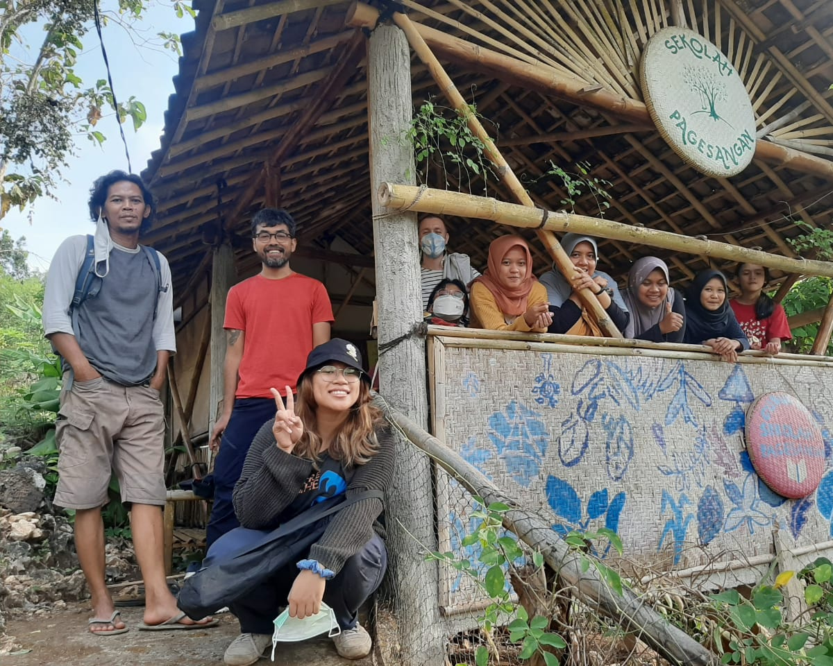 Wawancara Komunitas #1: Sekolah Pagesangan